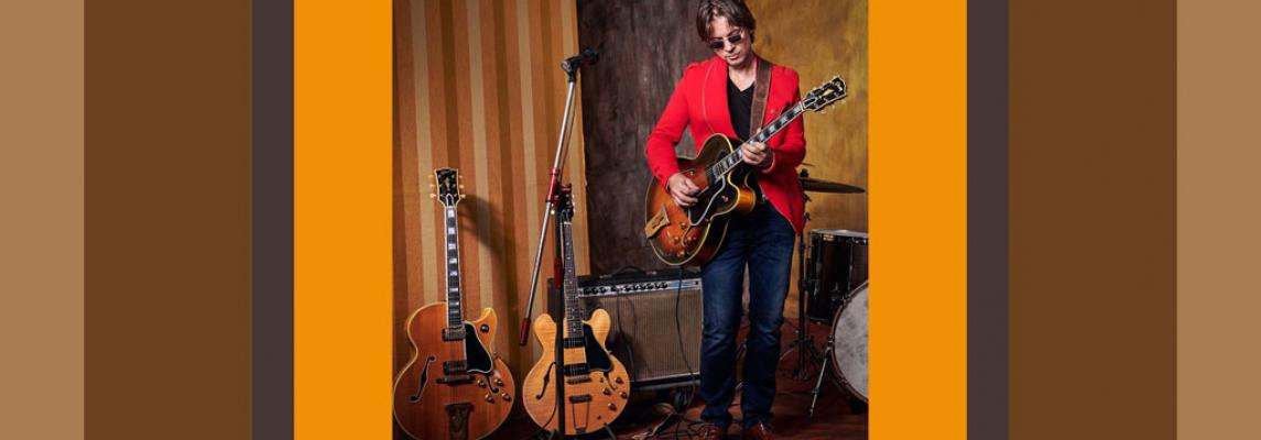 Gitarrist Gregor Hilden